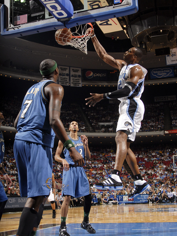 dwight howard dunking pictures. center Dwight Howard dunks