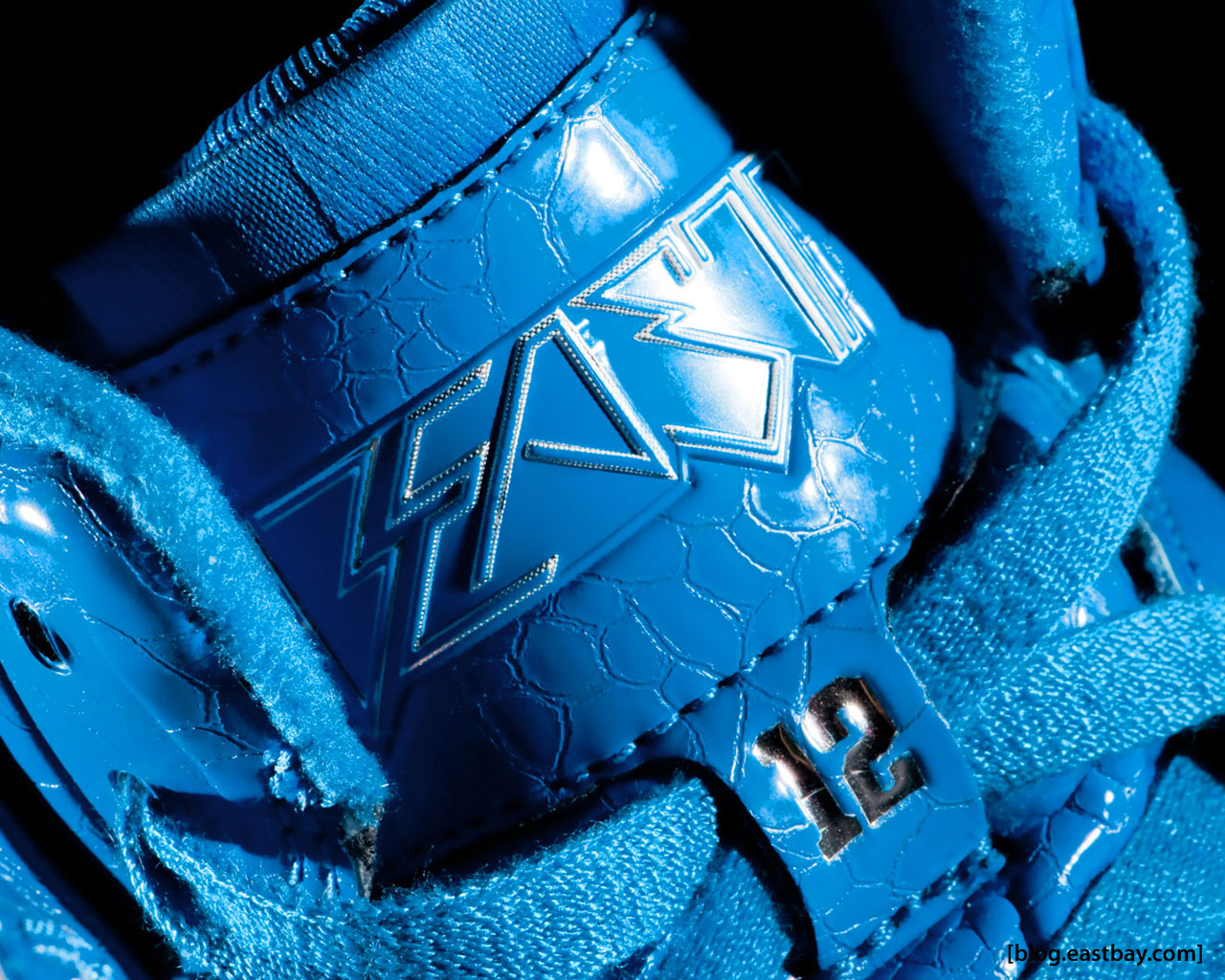 Wallpaper: adidas TS Beast Dwight Howard  Eastbay Blog