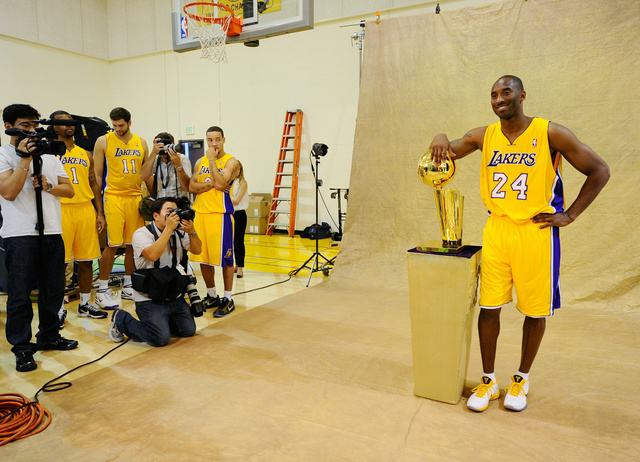 Kobe Bryant still the one to beat...apparently with angry onlookers...wait, teammates.