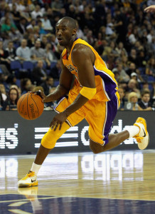 Should Kobe Bryant's knee be a concern? I say no.