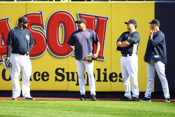 CC Sabathia in the Jordan 11 (far left) and Andy Pettitte in Reebok Zigs (far right).