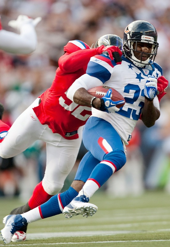 Devin Hester wearing the Nike Air Zoom Alpha Talon