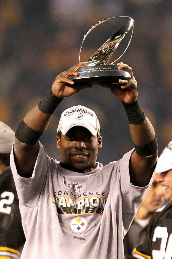 Rashard Mendenhall wearing the Reebok NFL Conference Champs Locker Room T-Shirt