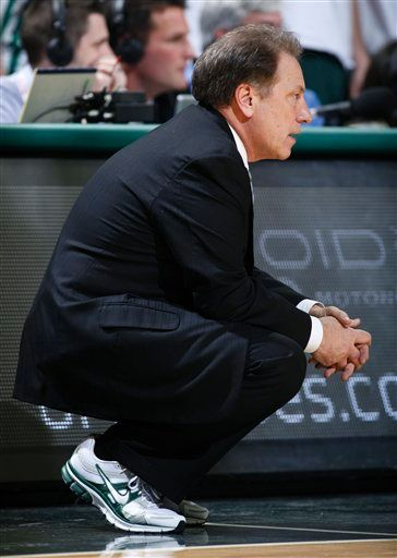 Tom Izzo wearing the Nike Pegasus+ 27