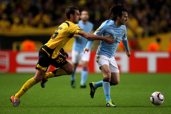 David Silva of Manchester City wearing the adidas F50 adiZero.