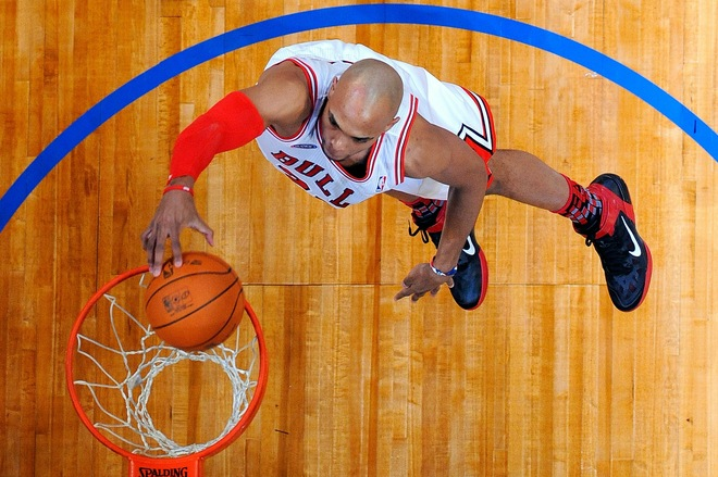 Taj Gibson wearing the Nike Air Max Fly By