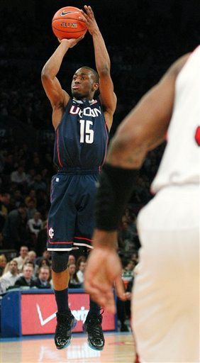 Kemba Walker of UCONN in the Jordan 6-17-23.