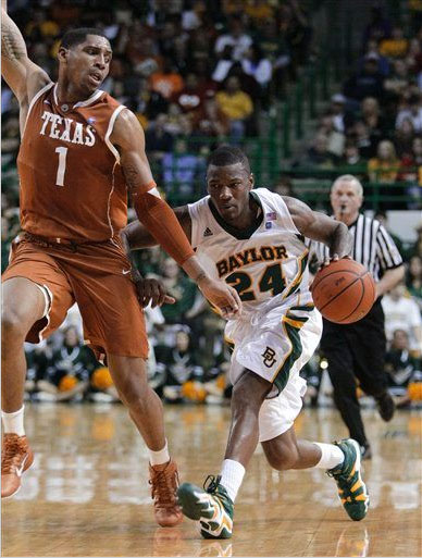 Lacedarius Dunn in a Baylor PE of the adidas Crazy 8.