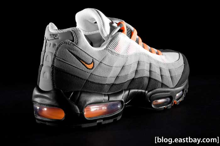 Nike Air Max 95 Bright Mandarin (Orange) Detailed Photos - Heel