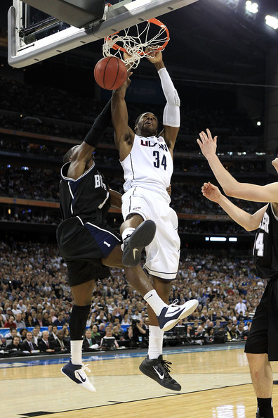 Alex Oriakhi with a two-handed dunk in the Nike Zoom Hyperfuse.