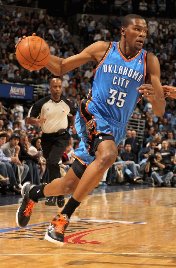Kevin Durant wearing the Nike Zoom KD III