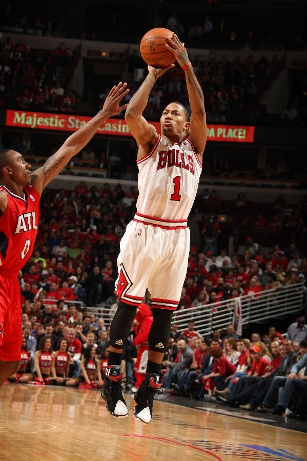 Derrick Rose in the adidas adiZero Rose 1.5 and adiZero Speedwrap ankle braces.