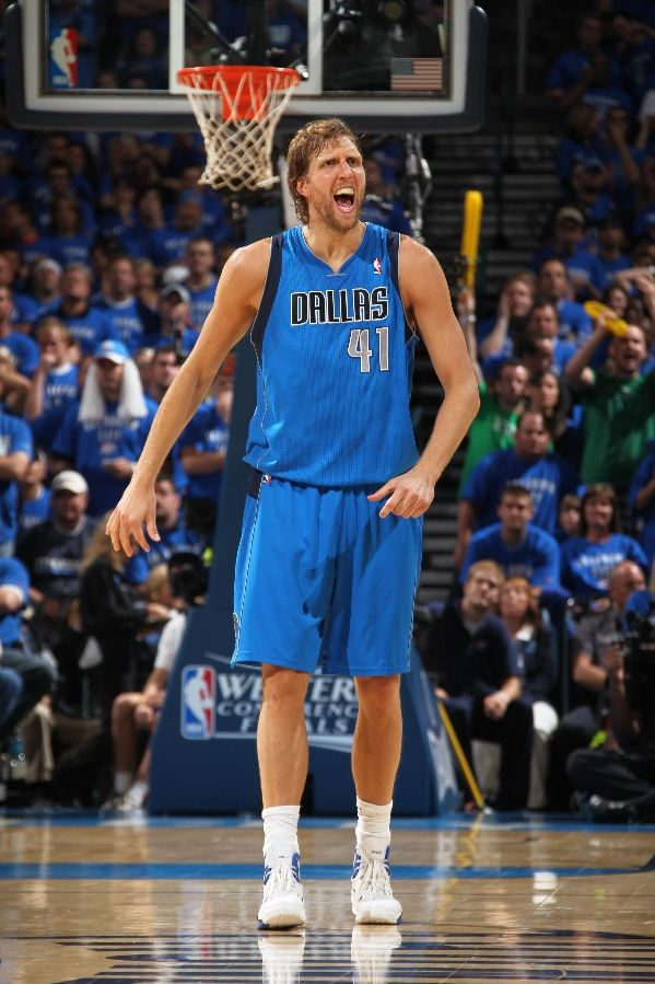 Dirk Nowitzki continues to be near unstoppable in the Nike Hyperdunk 2010.