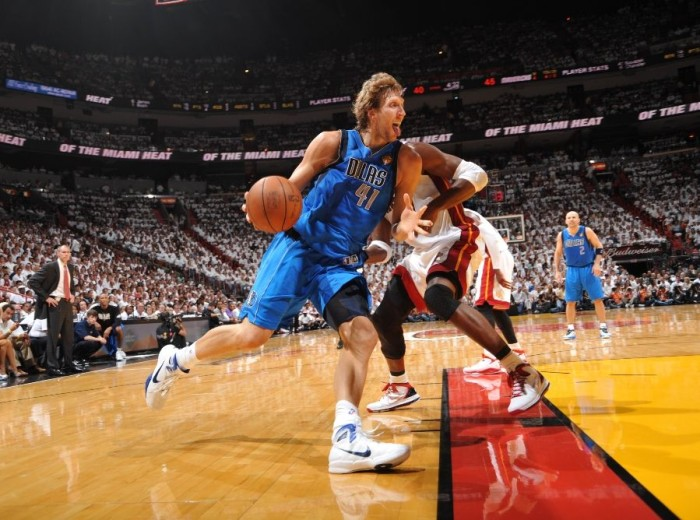 Dirk Nowitzki wearing the Nike Hyperdunk 2010.