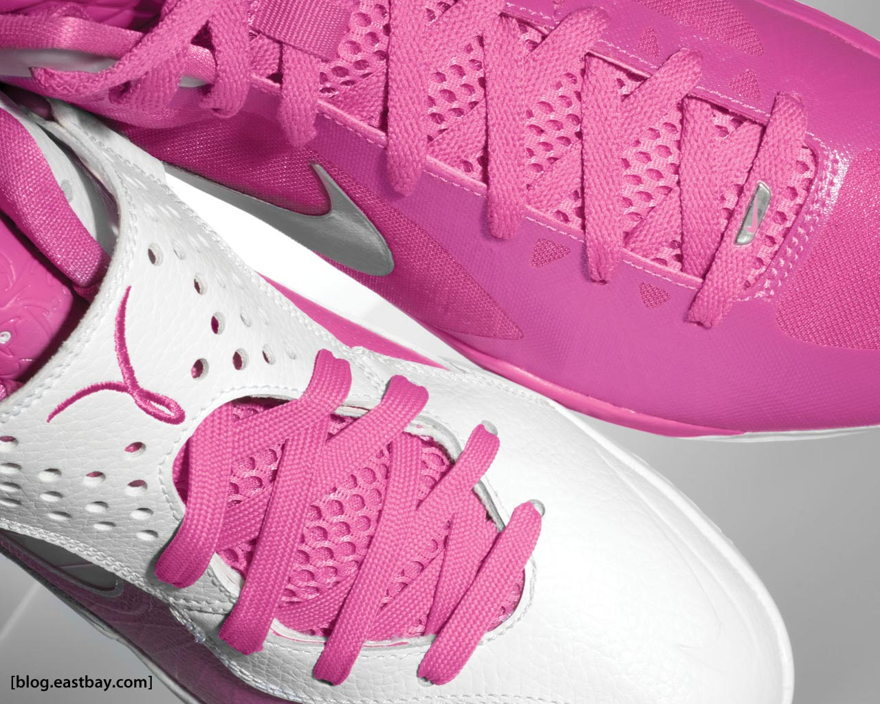 separation shoes 13eeb 94896 Kay Yow Nike Hyperdunk 2011 and Nike Zoom Soldier V