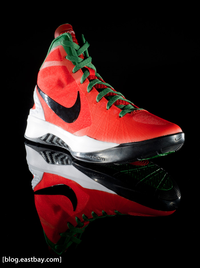 26956929c016 Performance Review  Nike Hyperdunk 2011 ...