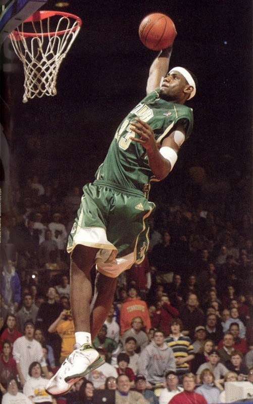 finest selection ea4b6 9162e Top 10 LeBron James shoes worn at SVSM High School.