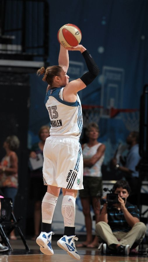 Lindsay Whalen shoots a jump shot in the Hyperfuse 2011.
