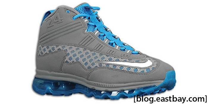various colors 2ca39 e434f Available now  Nike Air Max Jr.