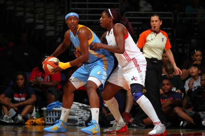 Sylvia Fowles wearing the Nike Zoom Hyperfuse 2011; Nicky Anosike wearing adidas adiZero Rose 1.5