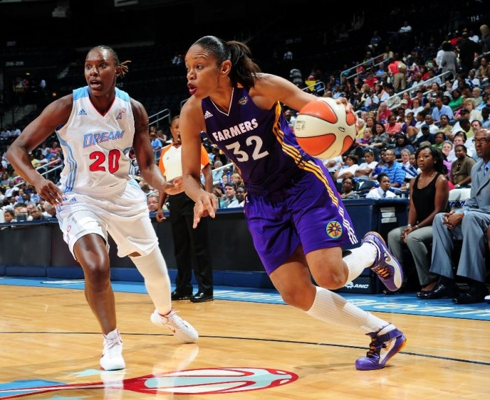 Tina Thompson drives the lane in the Nike Soldier V.