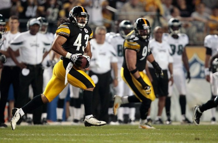 Troy Polamalu wearing Nike Speed TD