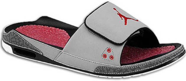 940751401 Available now  Jordan Retro 3 Slide