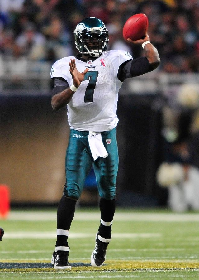 Michael Vick wearing Nike Air Zoom Super Bad 3