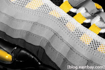 nike-air-max-95-white-neutral-grey-medium-grey-varsity-maize-02