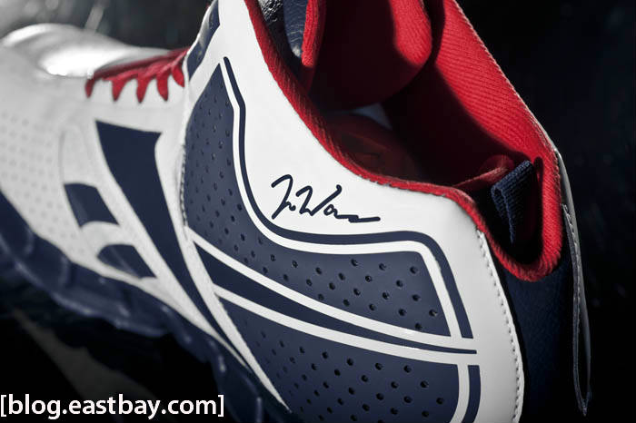 Reebok Zig Encore John Wall White Navy Red Ice Signature