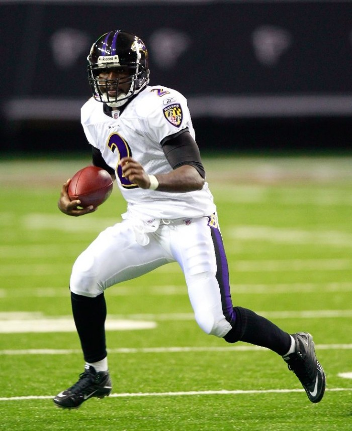 Tyrod Taylor wearing Nike Super Speed D vs. Falcons