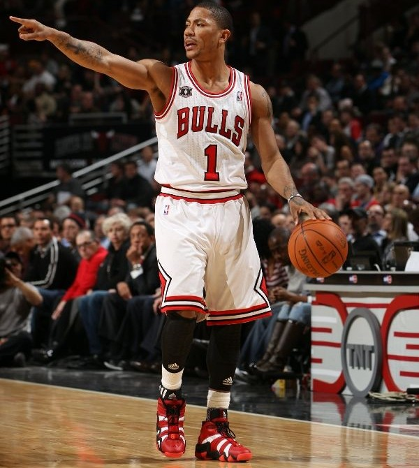 Derrick Rose's Career in Sneakers – adidas Crazy 8 Louisville