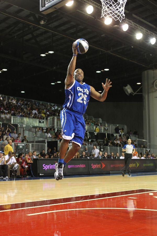 Nick Anderson wearing adidas adiZero Ghost