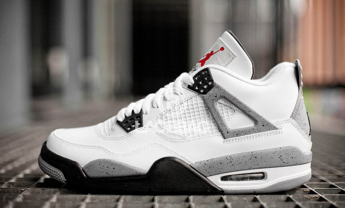 Sole Shots: Air Jordan 4 Cement Spotlight – SHOOTO