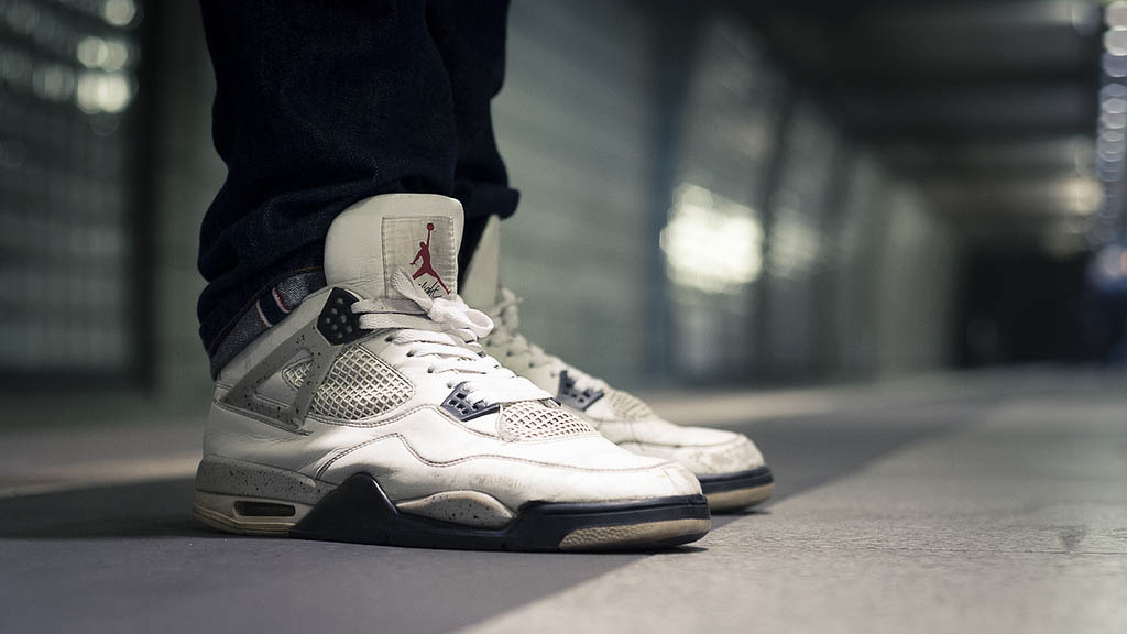 Sole Shots Cement Air Jordan 4 IV Spotlight