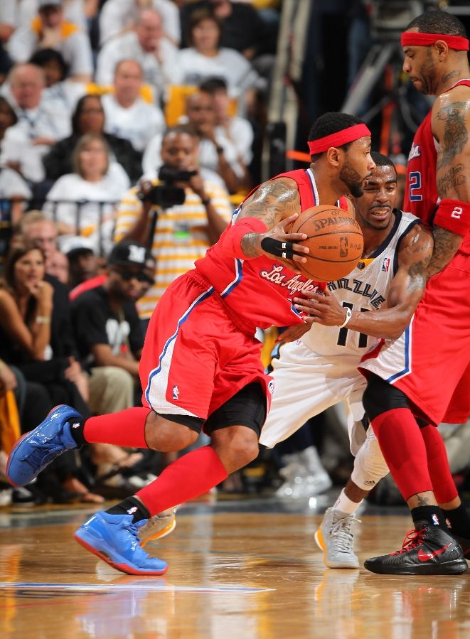 Mo Williams wearing Nike Zoom Brave V