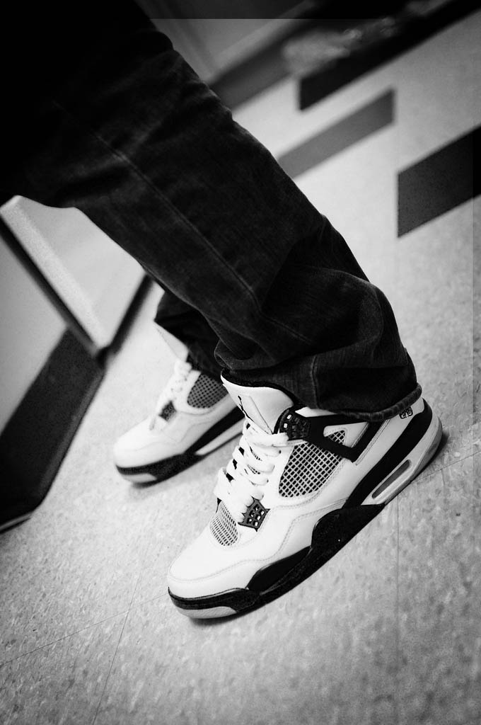 Sole Shots // Air Jordan IV 4 Spotlight – lsean