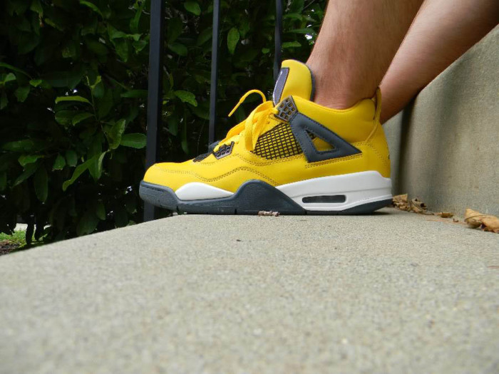Sole Shots // Air Jordan IV 4 Spotlight – thesportsaddict