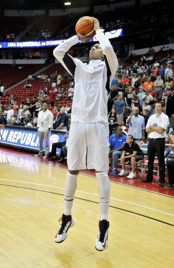 Anthony Davis wearing Nike Lunar Hyperdunk USA