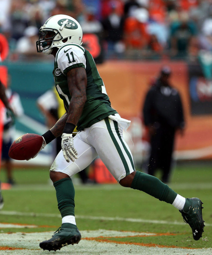 Jeremy Kerley wearing Under Armour Nitro Diablo Mid D Compfit