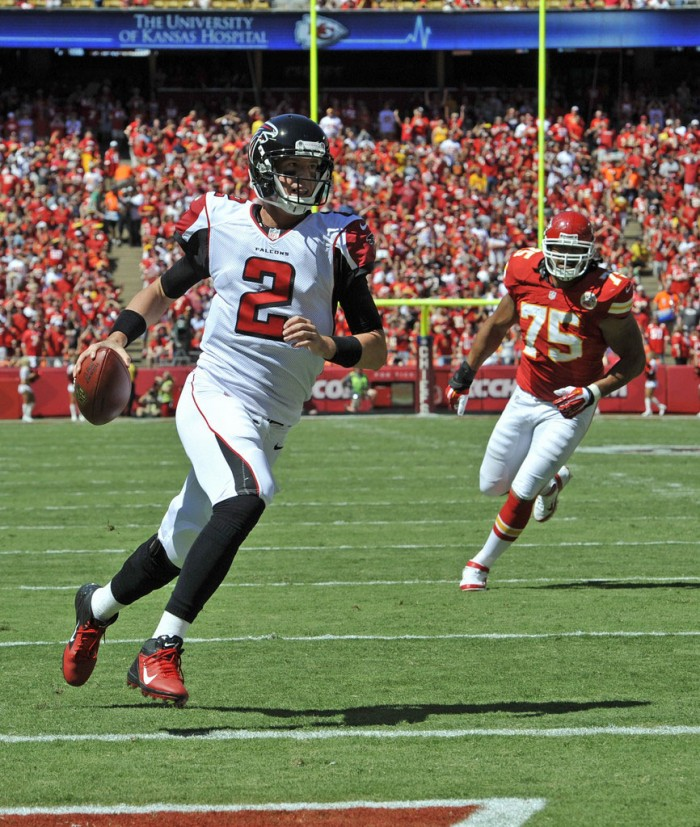 Matt Ryan wearing Nike Vapor Talon Elite 3/4