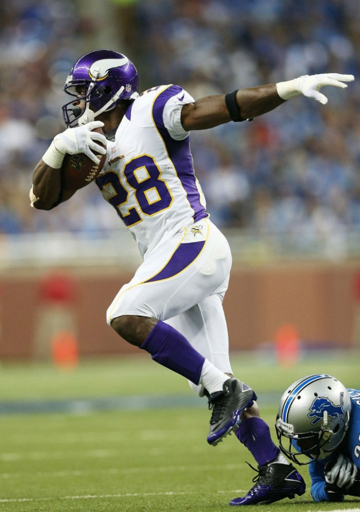 Adrian Peterson wearing Nike Super Speed TD 3/4