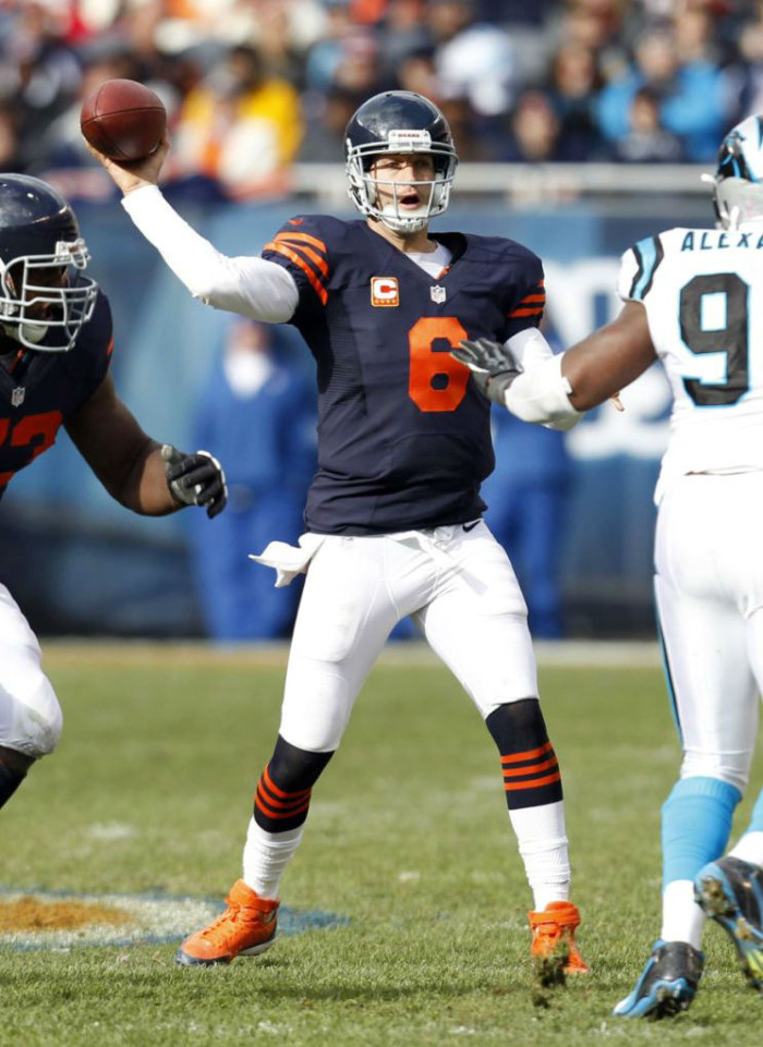Jay Cutler wearing Nike Air Huarache 2K4 D Cleats