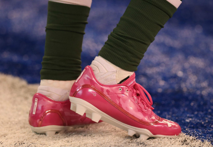 Randall Cobb wearing Under Armour Blur MC Power in Pink