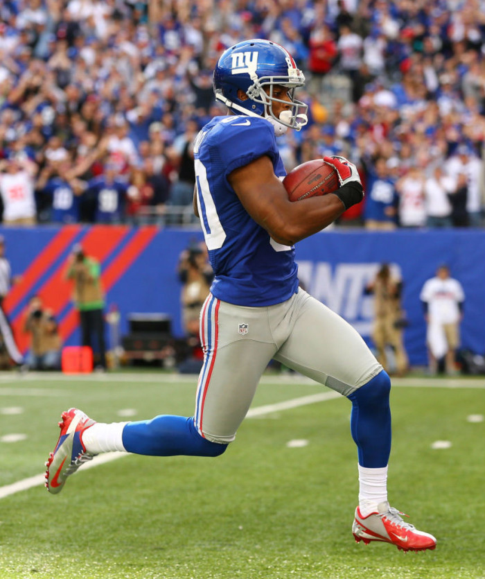 Victor Cruz wearing the Nike Vapor Talon Elite Low Puerto Rico PE