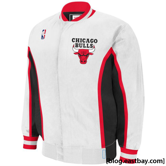 Mitchell & Ness NBA Authentic Warm-Up Jacket - Chicago Bulls White