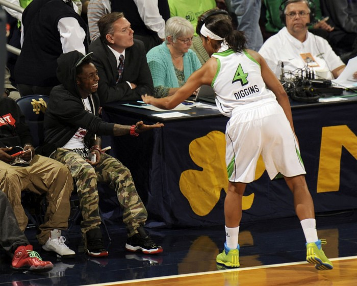Skylar Diggins wears adidas Rose 3 Fresh Prince 90s Throwback (4)
