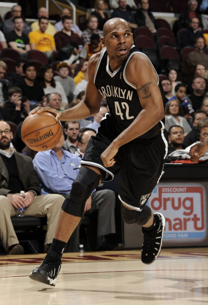 Jerry Stackhouse wearing FILA Spaghetti Black White