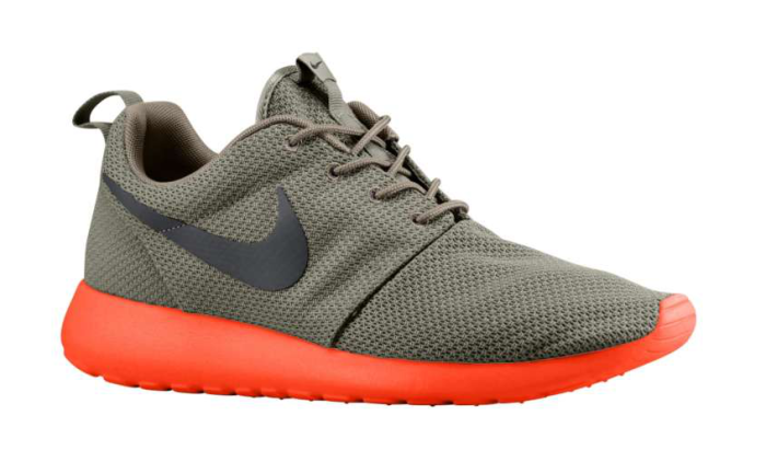 Nike Roshe Run - Soft Grey/Total Crimson