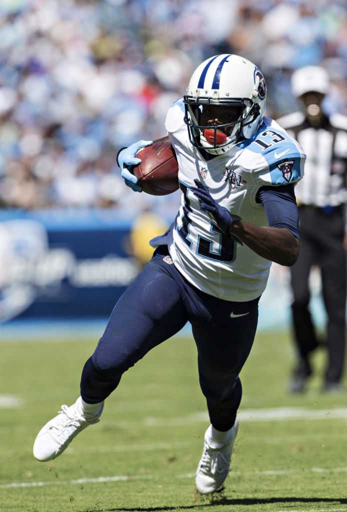 Kendall Wright wearing adidas adizero 5-Star Mid